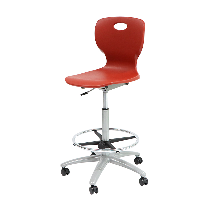 Student Chair SCS05